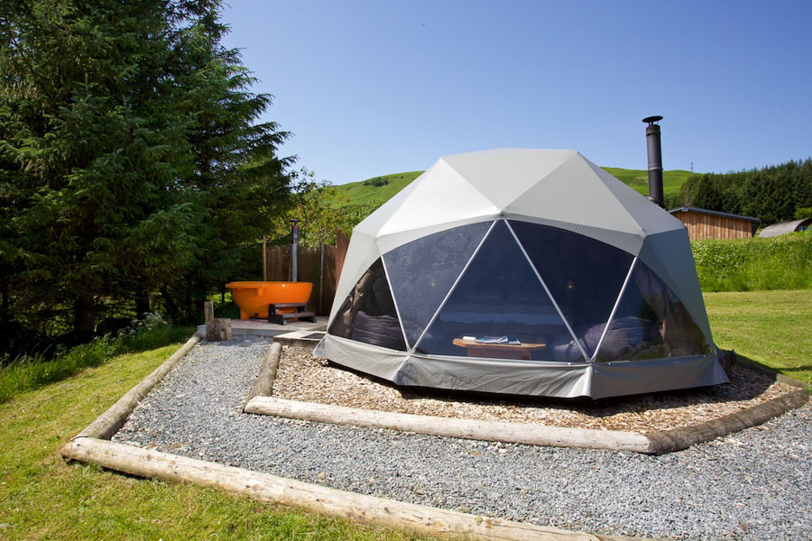 dome-with-hot-tub-7.jpg