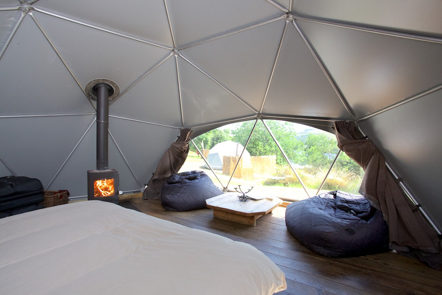 dome-with-hot-tub-11.jpg