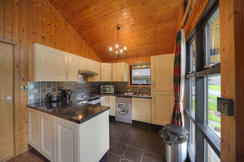 Coppermine-1000-0I5D7239_Kitchen_SMALL.jpg