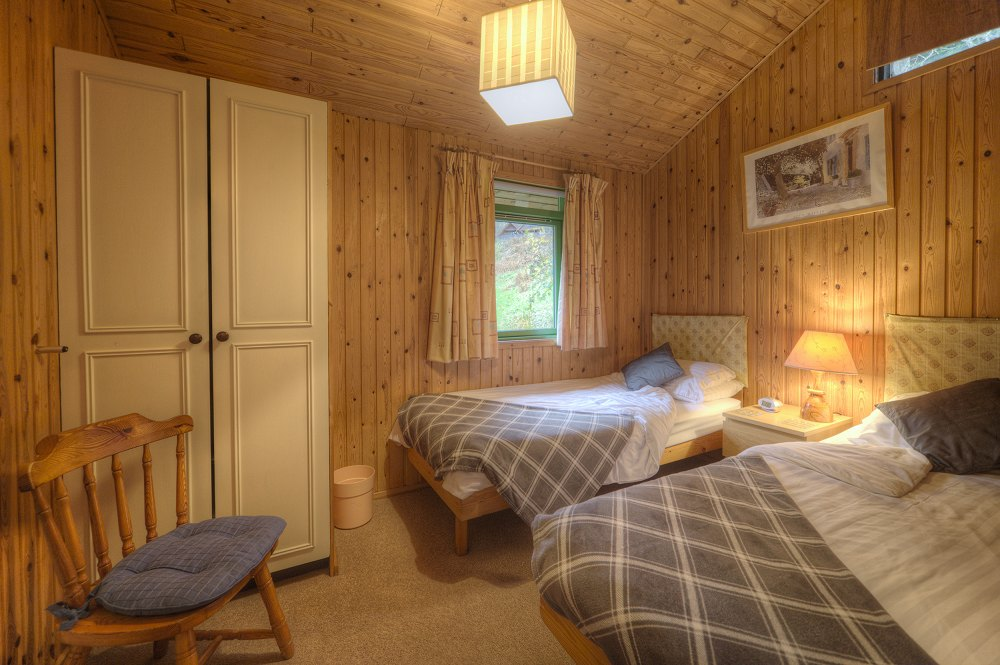 Golden_Mary_1000_-_0I5D7637_Twin_Bedroom_Small.jpg